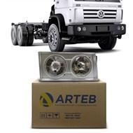 Farol Caminhão VW Worker 2000 a 2017 com Moldura Prata Arteb Lado Direito (Passageiro)